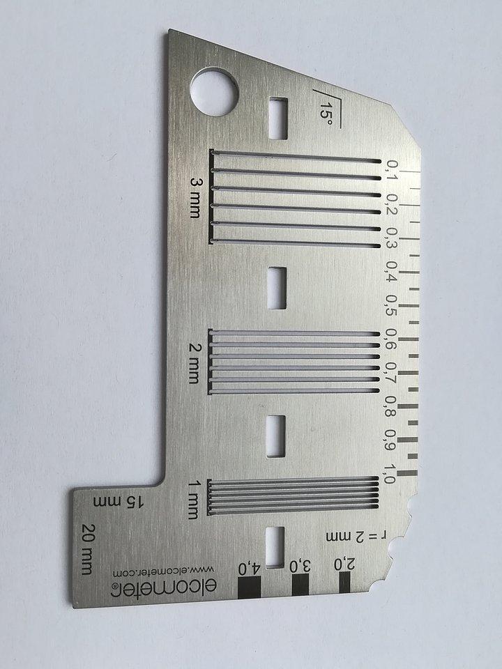 Šablona pro mřížkovou zkoušku Elcometer je v souladu s ISO 2409